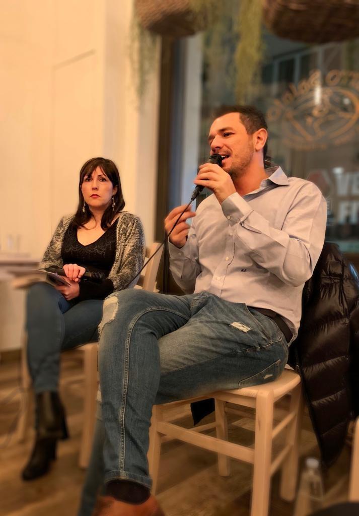 Rossella Montemurro dialoga con Roberto Emanuelli